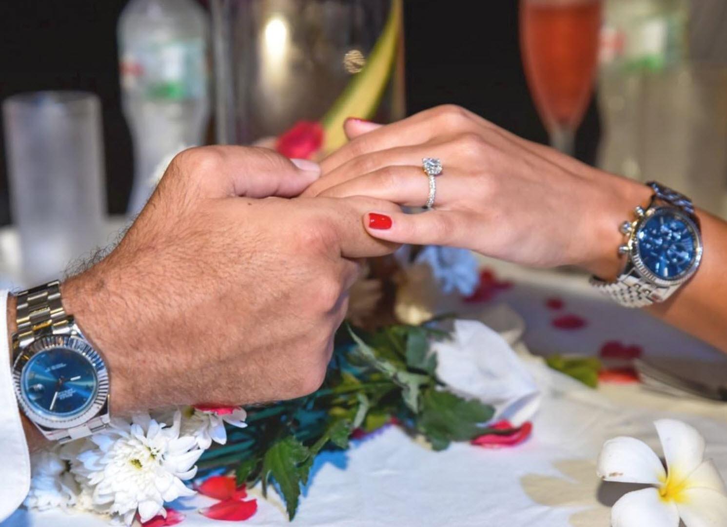 מרגש: יוצא האח הגדול הציעה נישואים והיא אמרה כן!