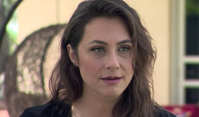 הזמרת קרן פלס הופתעה שנשדדה במהלך טיול עם כרכרה ברחבי העיר