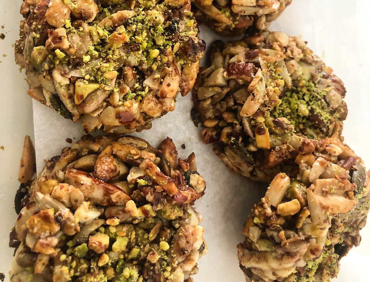 עוגיות שקדים ומלא דברים טובים ללא גלוטן