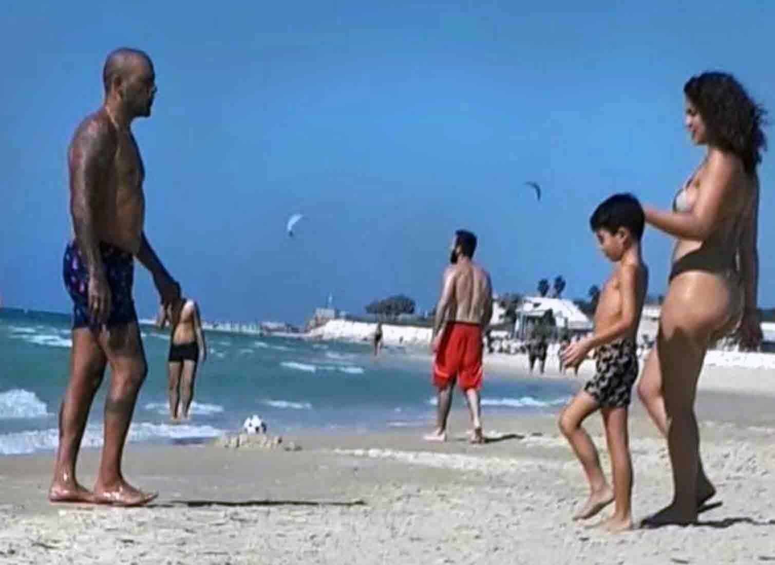 בזמן הסגר!? אייל גולן ודניאל גרינברג מבלים בים יחד עם יאן
