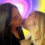 """עומר יודע? הנשיקה של נטע ברזני ורומי גיאור והתגובות ברשת """"עברה לאחות?"""""""
