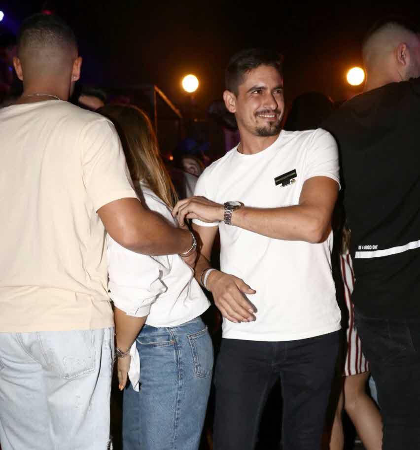 לא ציפינו: ישראל פגש לראשונה את ג'קי אזולאי עם בן הזוג דניאל בוסי וזה מה שקרה!